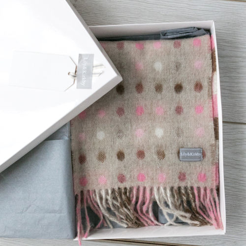 White Box (S), Grey Tissue Paper, Ribbon & Gift Tag (For 175cm/190cm scarves)