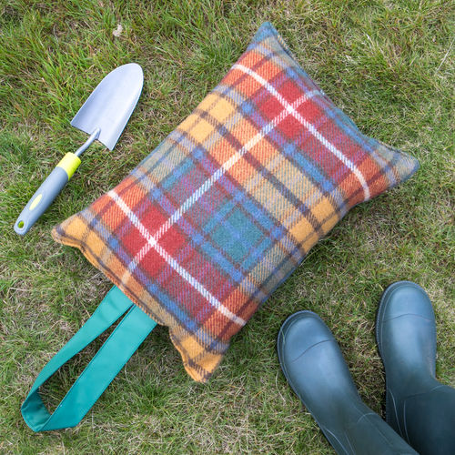 Kneeler Cushion - Tartan Antique Buchanan/Green