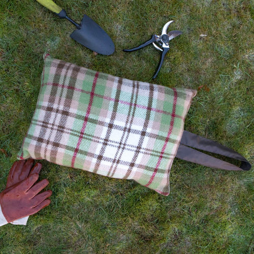 Kneeler Cushion - Country Checks Brown/Brown