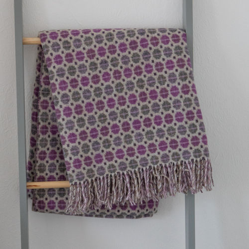 Throw - Lambswool - Mosaic Purple